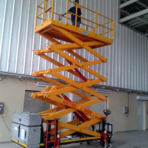 Towable-Scissor-Lift-Up-Nandan-compressed-768x1024